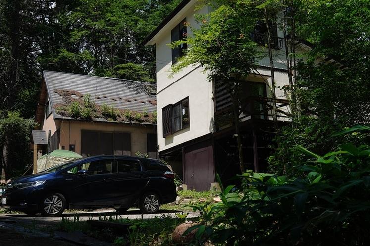 標高1260mの静かな別荘地に佇むヤマハウス