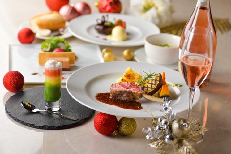 【オプション】季節ごとのディナーコースで特別な夜をお過ごしください(3日前までに要予約/数量限定)