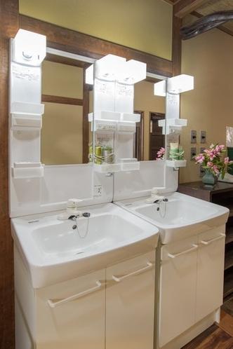 共用で使う洗面台