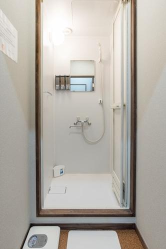 共用で使うシャワー室