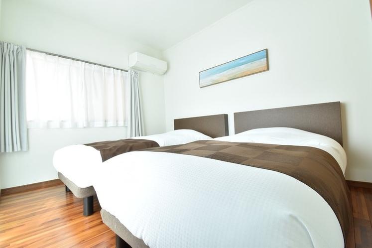 寝室B/ベット2台