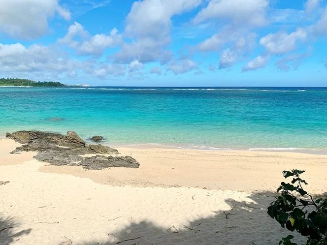 徒歩5分でビーチをお楽しみいただけます
