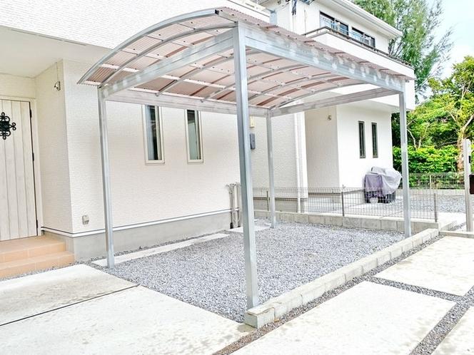 BBQスペースには屋根を設置してりおり、雨が降っても安心です。