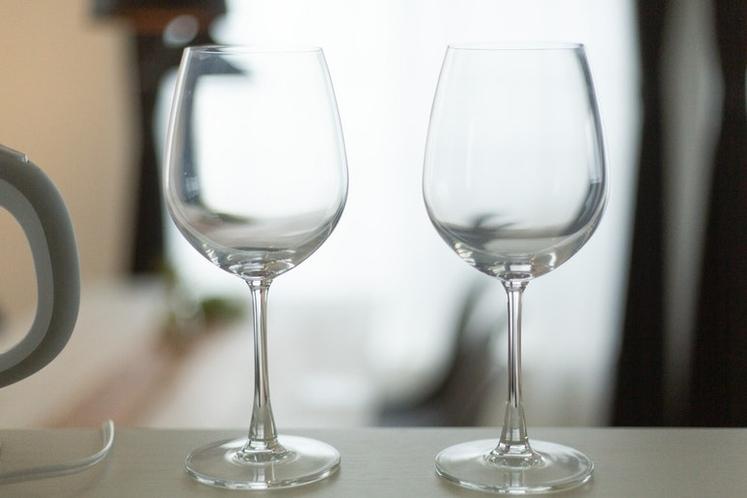 ワイングラスをご用意しています