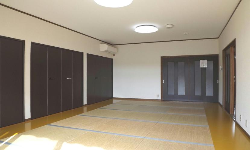 1階の客室12畳+3畳のクローゼット