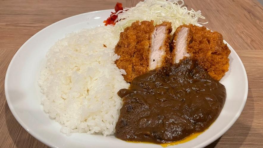 夕食メニュー ~上田カツカリー~テイクアウトも承っております