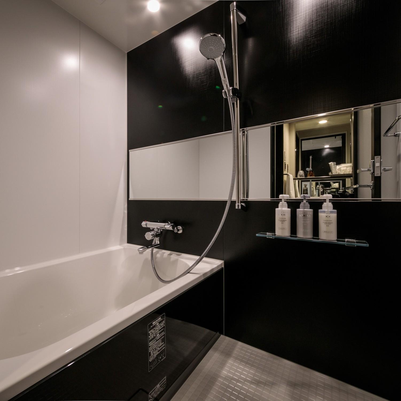 バスタブ付浴室