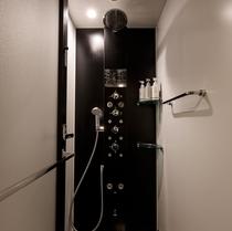 多機能シャワーブース