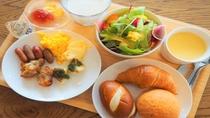 種類豊富な朝食【イメージ】