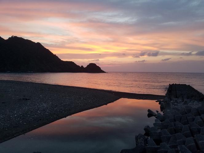 ビーチ(夕焼け1)