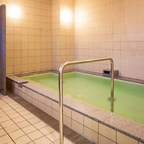 【浴場】ゆっくりと疲れを癒してください(ご利用時間/17:00~23:00 / 5:00~9:00)