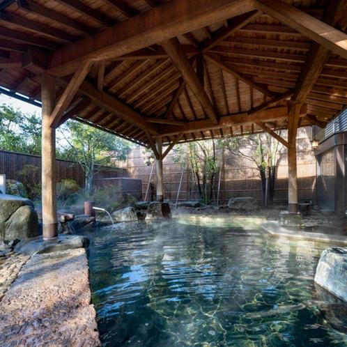■本館北女性大浴場「千代女の湯」(露天風呂)
