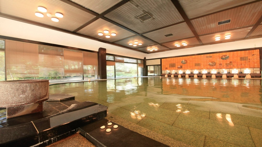 温泉:本館北大浴場「加賀浴殿」内湯