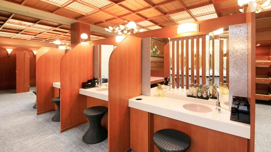 温泉:本館北大浴場「千代女の湯」パウダーコーナー