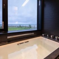 ■スイートルーム バスルームから海♪