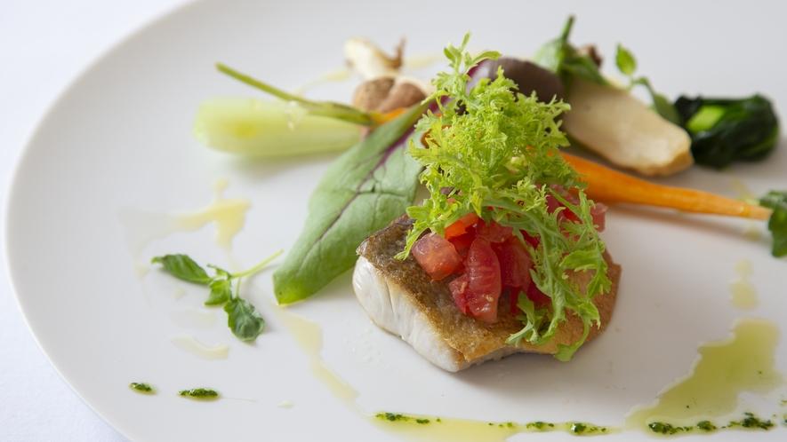 【魚料理一例】氷見産黒鯛のポアレ