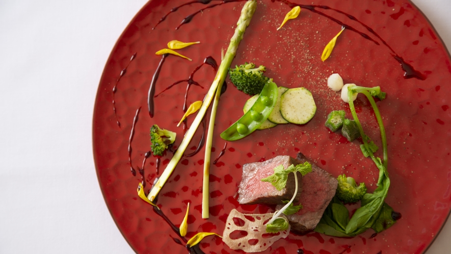 【肉料理】富山牛のロティ