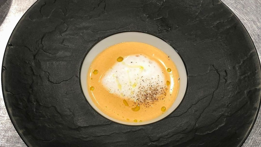 【スープ一例】オマール海老スープ