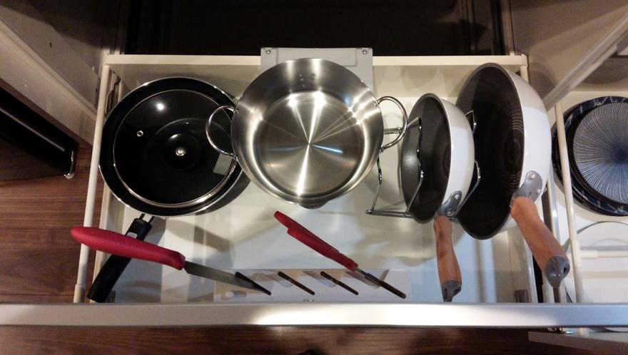 デラックスルーム・プレミアムルーム キッチン内調理器具類