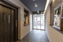 玄関廊下2
