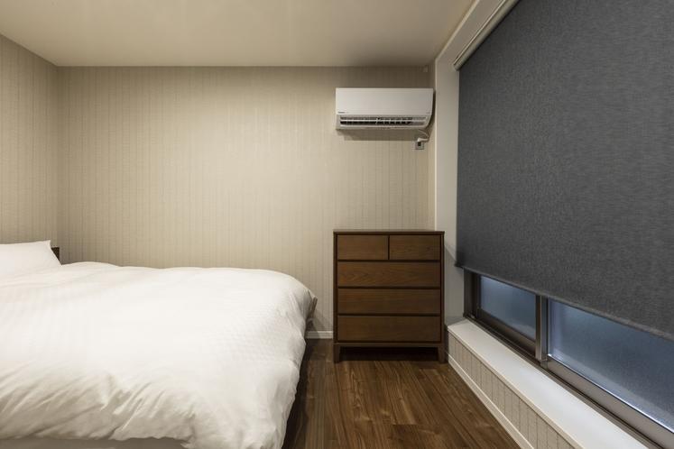 101号室 ベット横