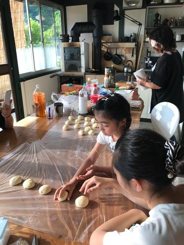 薪オーブンで焼くパン教室