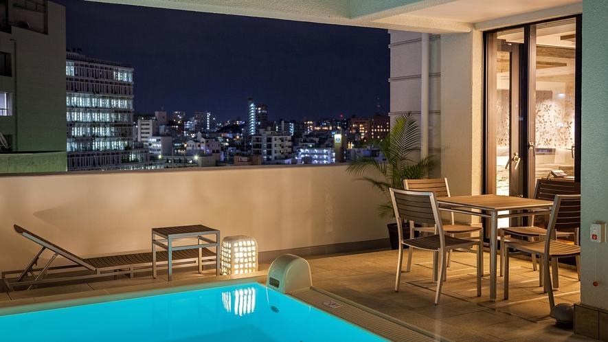 【EXESプールヴィラスイート】最上階にある4室は温水プライベートプール付のヴィラタイプ
