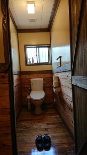 女性用トイレ