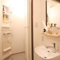 ■スタンダードツインルーム/専用シャワールーム