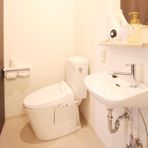 ■ロフト型ツインルーム/専用トイレ