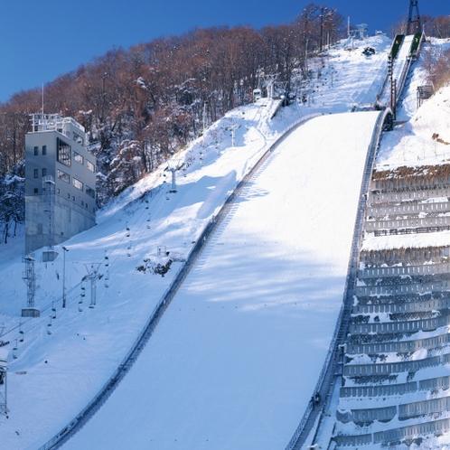【周辺・札幌市内景色など】大倉山ジャンプ競技場(冬イメージ)