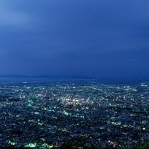 【周辺・札幌市内景色など】札幌市街の夜景イメージ