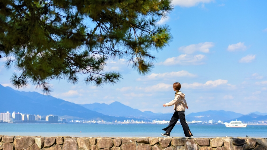 《宮島の海》 宮島水族館周辺も豊かな自然