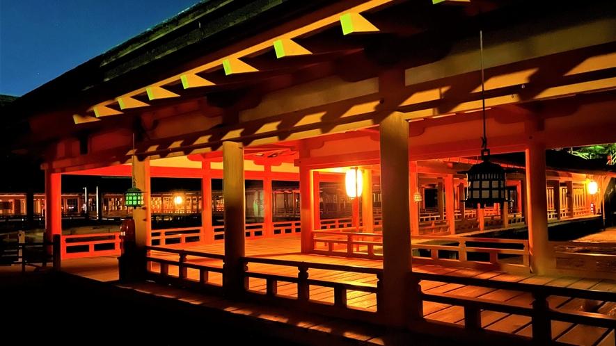 《ライトアップ》嚴島神社 回廊