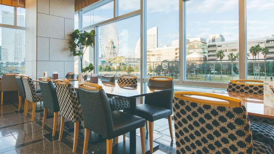 レストラン ラ・ベランダ店内からの眺望