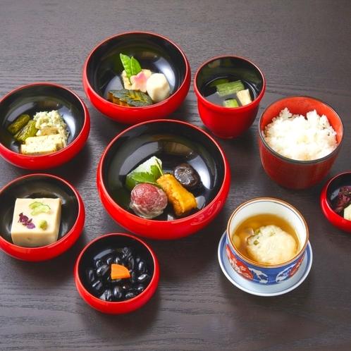 京都の粋を凝らした至極の一品