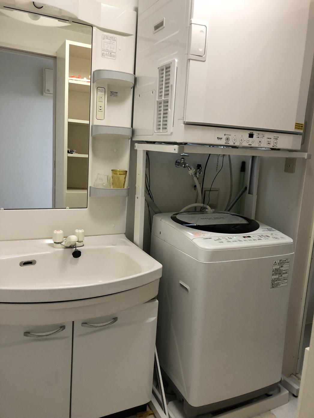 洗濯機&乾燥機(無料)