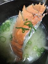料理6(うちわエビの味噌汁)
