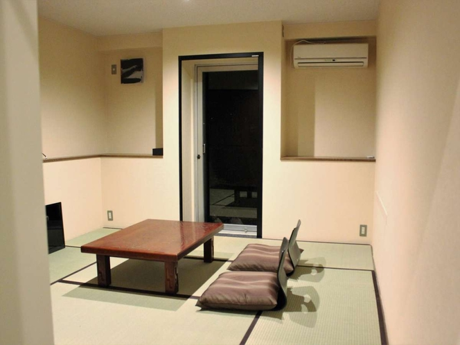 【Japanese-style room for 2 people】鳶(TOBI)2名様まで