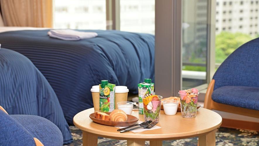 お部屋で朝食(イメージ)