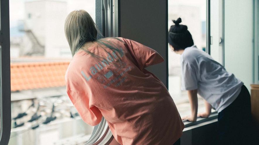 ・外観からも見える個性的な窓です