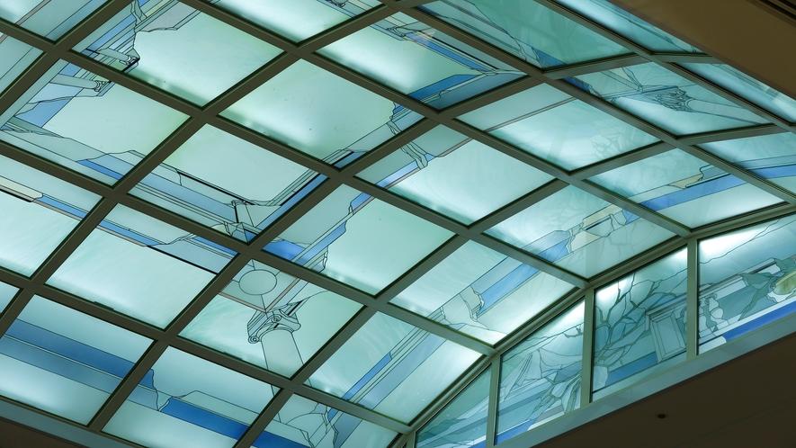 天井 カラーグラス