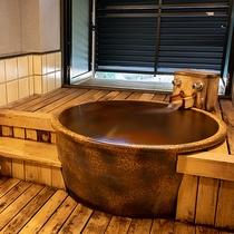 しぇふず客室風呂一例【陶器風呂】