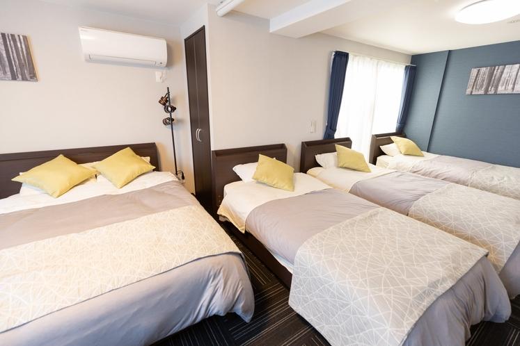 寝室(302)