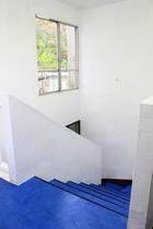 礼拝堂への階段