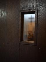 礼拝堂入り口