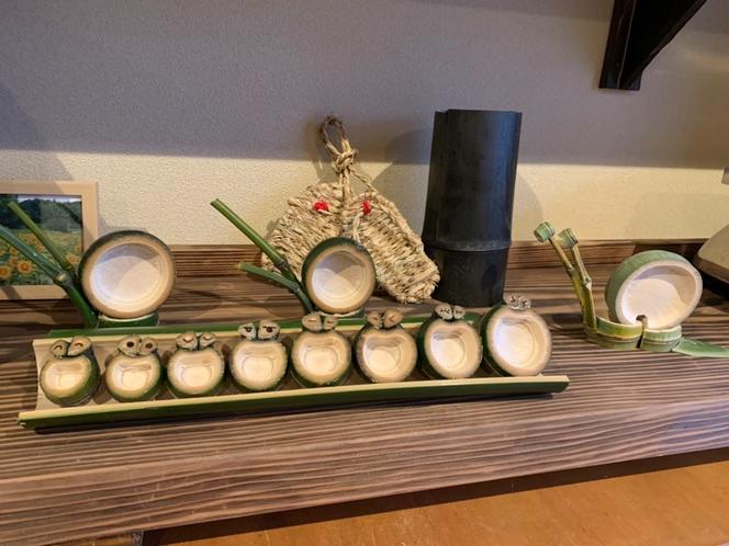 竹のカエル1