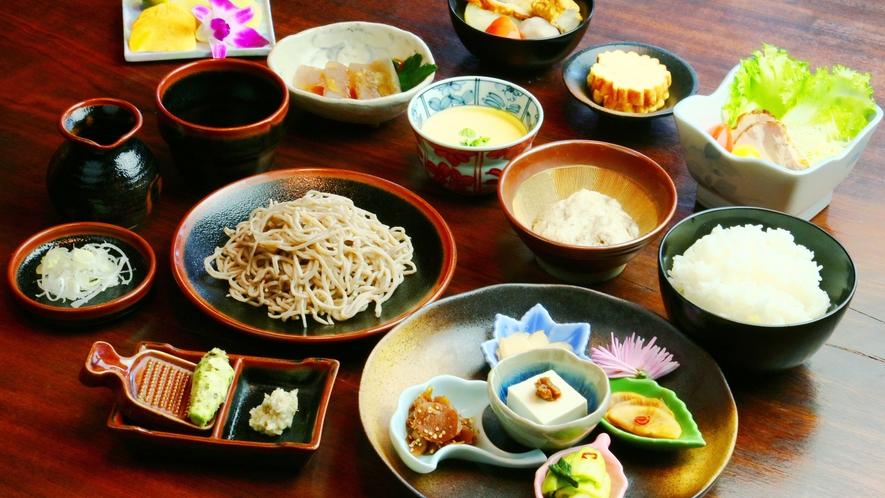 夕食◆自家菜園や地の食材を意識したお食事をお召し上がりください