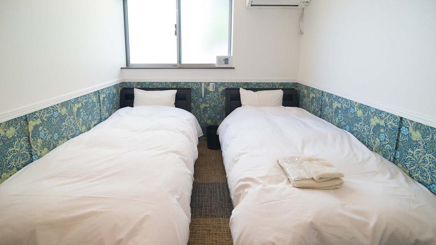 ・【Room3】シングルベッド2台を設置したお部屋です