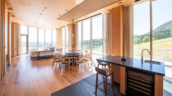 【最上階特別室】スカイペントハウス(181平米/寝室3部屋)